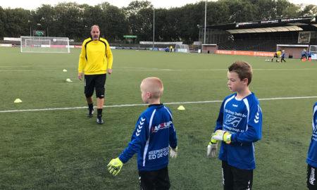 Keepersschool Ed de Goeij Kunstgras DHC Delft