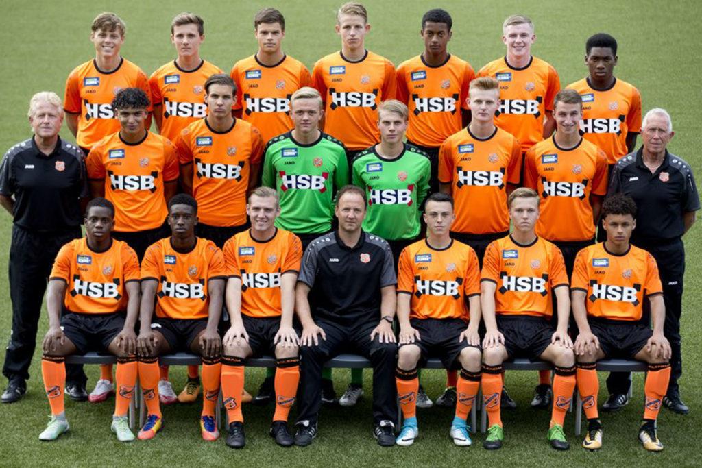 FC Volendam Jo19 met Stan Zoetebier