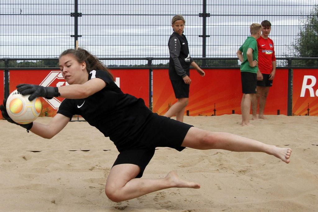 Balvast Beach Kelly Hermsen Annelies Martijn
